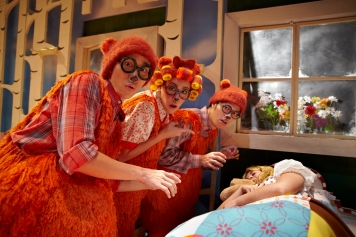 Mina Kaye, Dwayne Tan, Kristy Griffin and Aaron Khaled in SRT's The Little Company's Goldilocks and the Three Bears (2013) (1)
