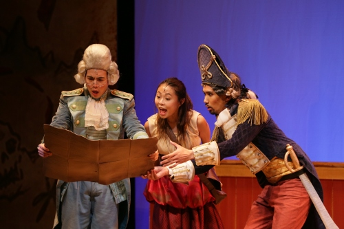 Tan Shou Chen, Ann Lek and Erwin Shah Ismail in TLC's Treasure Island